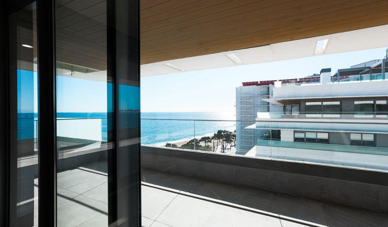 interior apartamento obra nueva playa de aro
