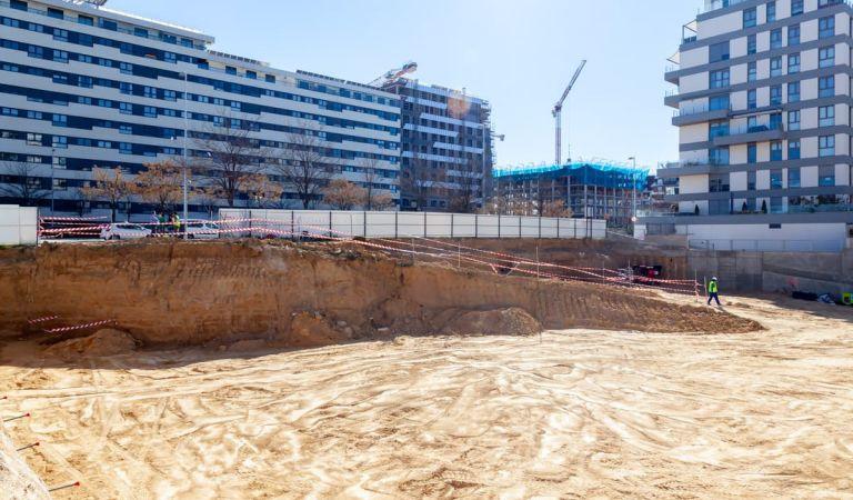 Pistoletazo de salida en las obras de pisos nuevos en Valdebebas de Gestilar