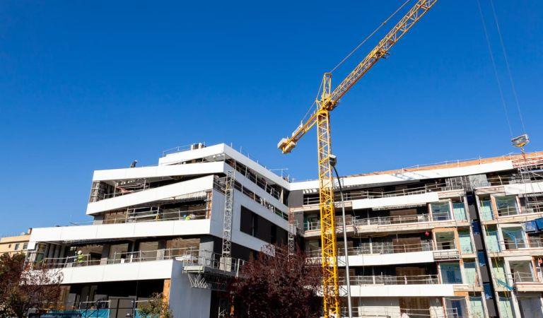 Evolución fachada moderna pisos nuevos en Las Rejas